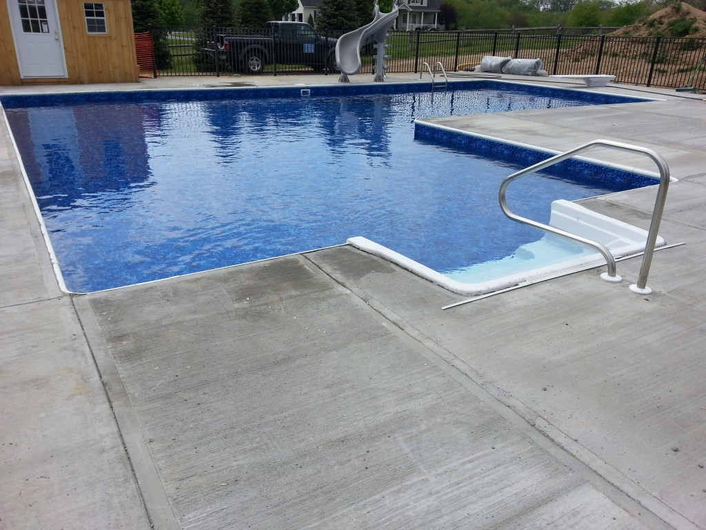Hard bottom complete, liner installed, and water added. Ready to swim